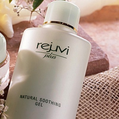 RJ + NATURAL SOOTHING GEL